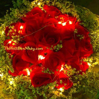 đèn giọt nước bó cùng hoa